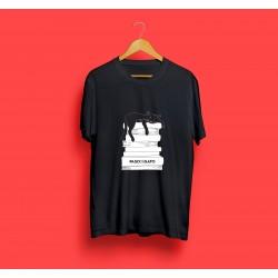 Camiseta Gato sobre Libros