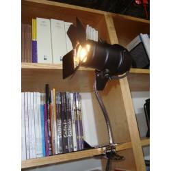 Lámpara con clip